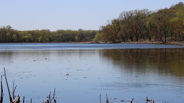 lake (public domain)