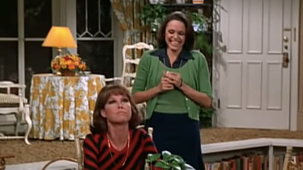 Valerie Harper and Mary Tyler Moore