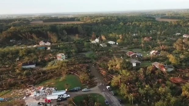 Wisconsin tornado damage