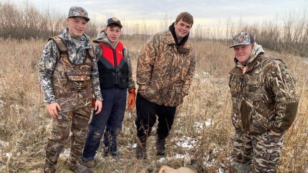 Hunters Rescue Deer on Ice
