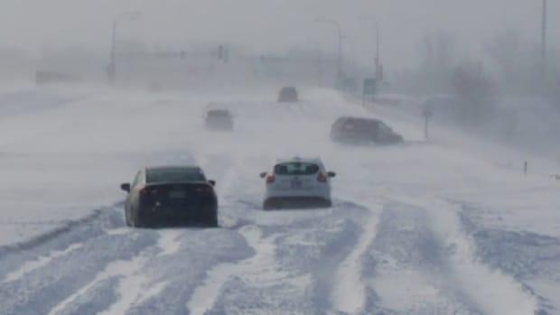 Snow Rochester drift stranded