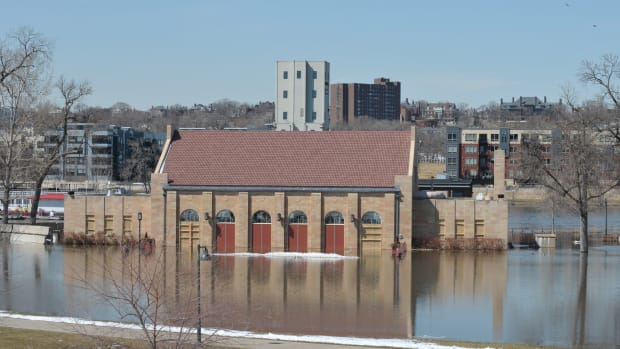 Harriet Island flooding, St. Paul