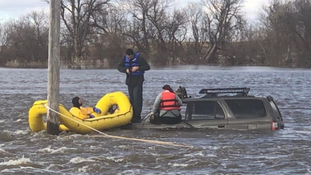 water rescue in Lac qui Parle County