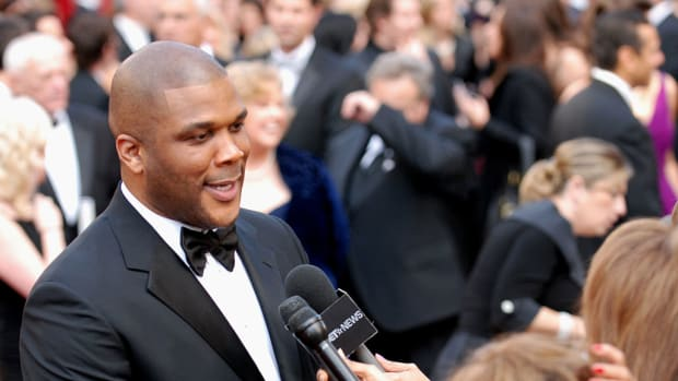 1024px-82nd_Academy_Awards,_Tyler_Perry_-_army_mil-66455-2010-03-09-180359