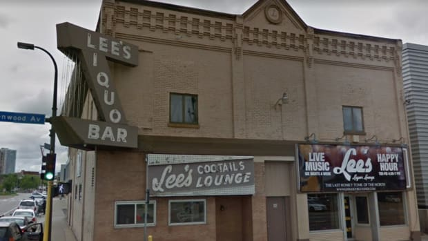 Lee's Liquor Lounge