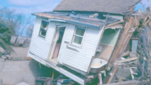 Way Over Our Heads - Black Sunday tornado outbreak.m4v