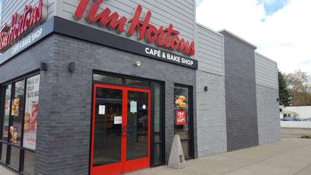 tim-hortons-east-lake-closed-2019-05-02