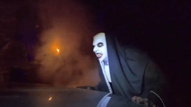 adandoned drive-thru : scream town