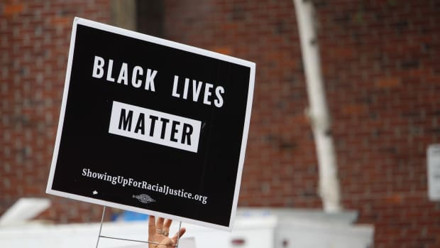 Black Lives Matter/BLM sign