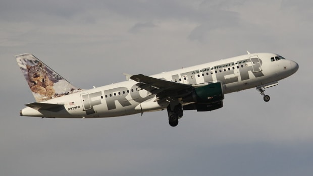 1024px-Frontier_Airlines_N929FR_2