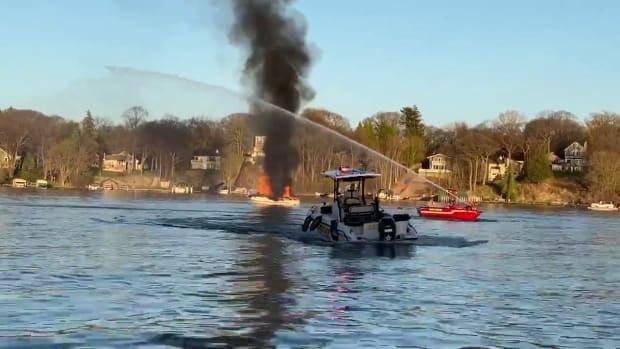 Boat fire on Lake Minnetonka