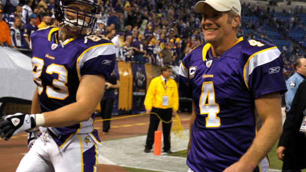 Brett Favre, Jeff Dugan