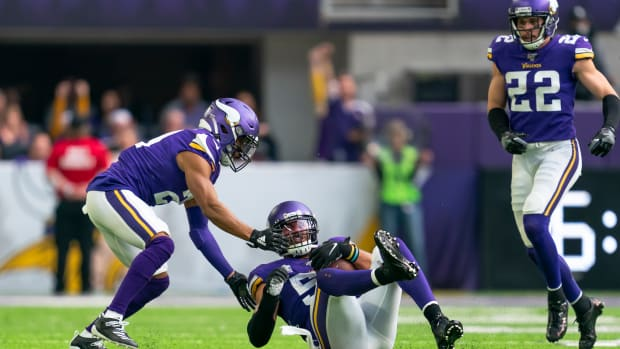 Anthony Barr, Harrison Smith