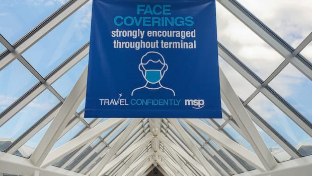 airport face coverings