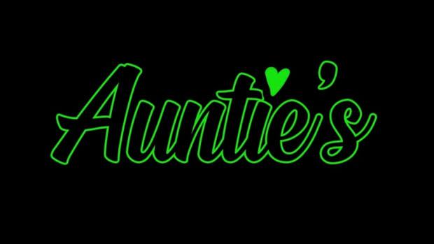 Aunties Logo