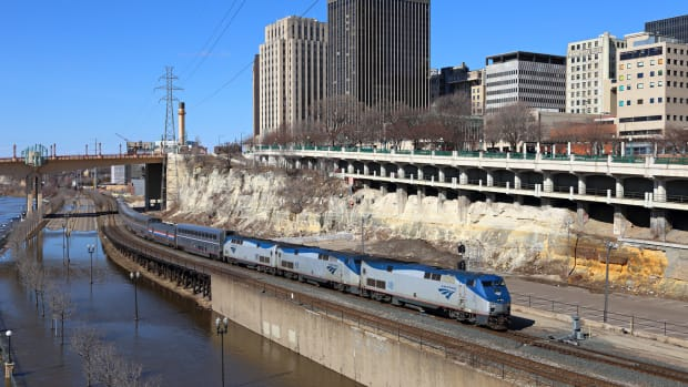 amtrak in st. paul