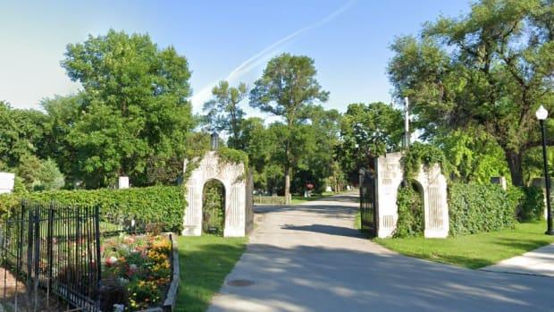 Google Street View - Riverside Cemetery in Fargo