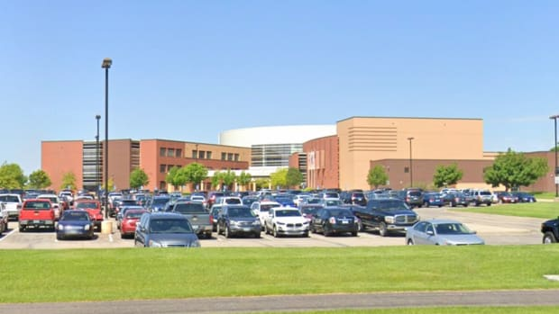 Lakeville South High