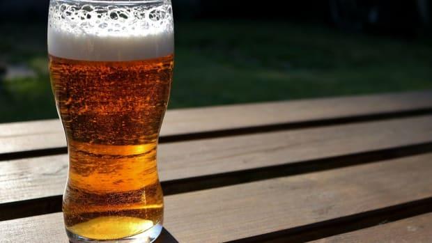 Pixabay =- pint beer
