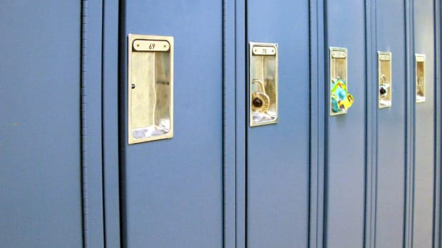 Wikimedia COmmons - lockers