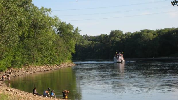 Flickr - Hidden Falls beach Mississippi River