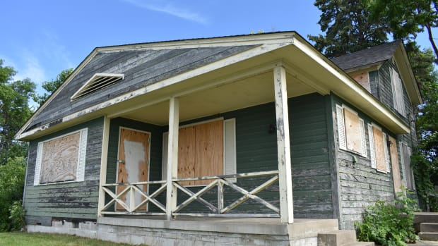 section foreman house wayzata