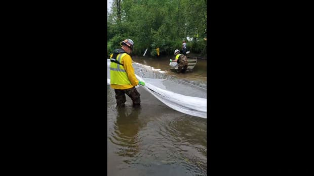 Facebook video - Willow River clean-up - July 2021