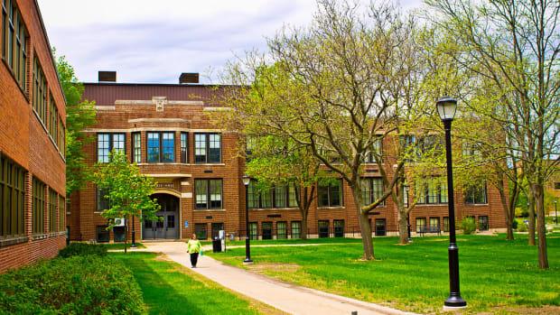 University of Wisconsin La Crosse