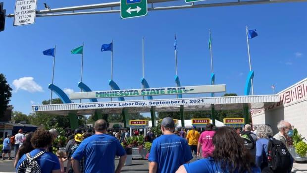 minnesota state fair - snelling entrance