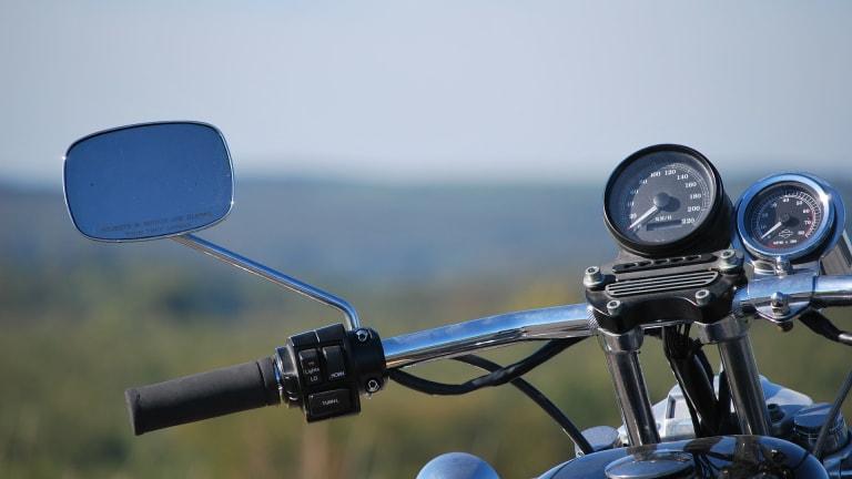 Crash in southern Minnesota kills motorcyclist