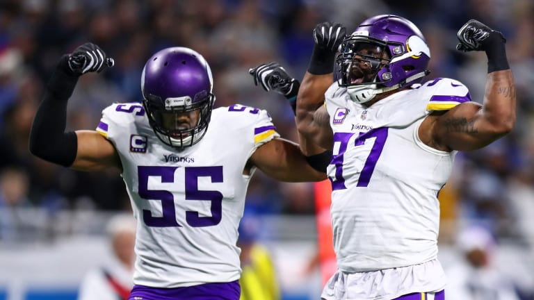Everson Griffen injured in car accident after swerving to miss a deer