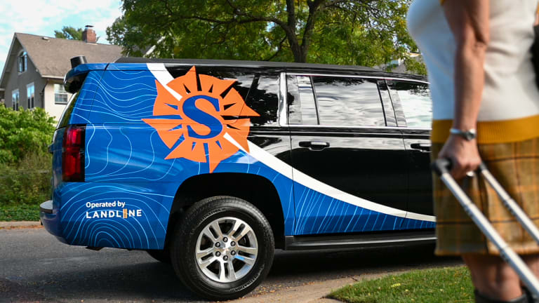 Sun Country will offer luxury SUV pickup service in Twin Cities to MSP Airport