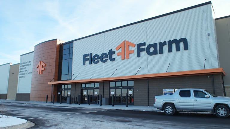 Fleet Farm will move into former Hastings Target store