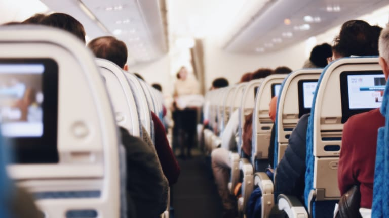 Pre-flight COVID-19 testing 'significantly' reduces risk of infection on planes, study says