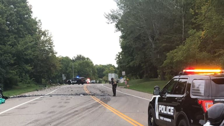 At least 1 dead after 'bad crash' on County Road 6 in Independence