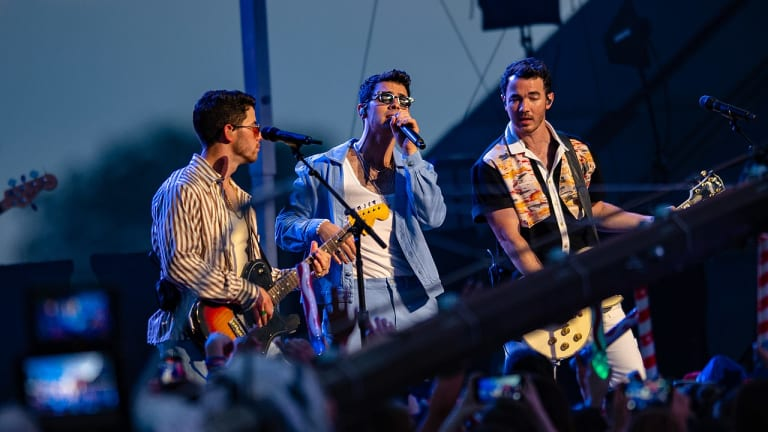 Mystic Lake rebuffs Jonas Brothers, won't require proof of vaccination or negative test