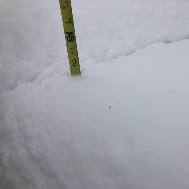 snow, tape measure