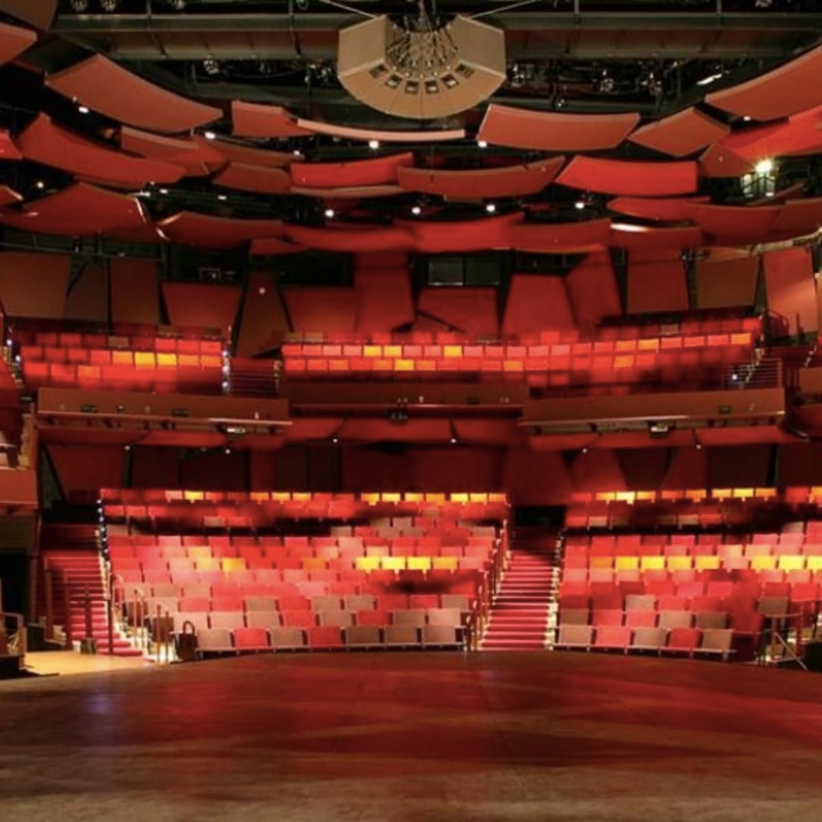 Christmas Plays In Minneapolis 2020 Guthrie Theater to close for rest of 2020, only 3 plays booked for