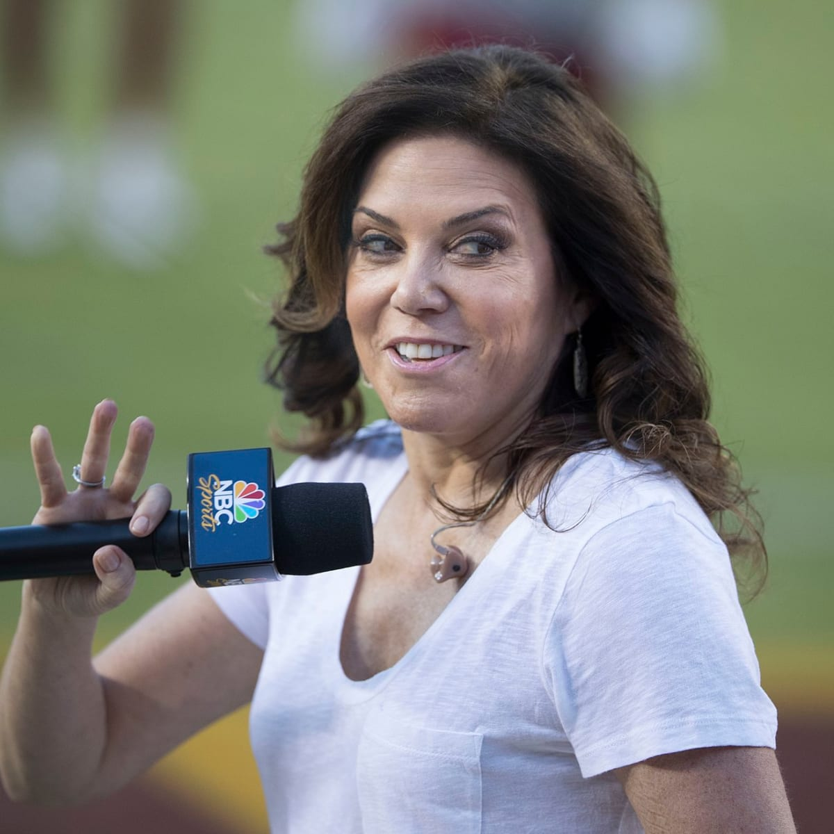 NFL reporter Michele Tafoya leaves Tom Barnard's KQRS Morning Show ...