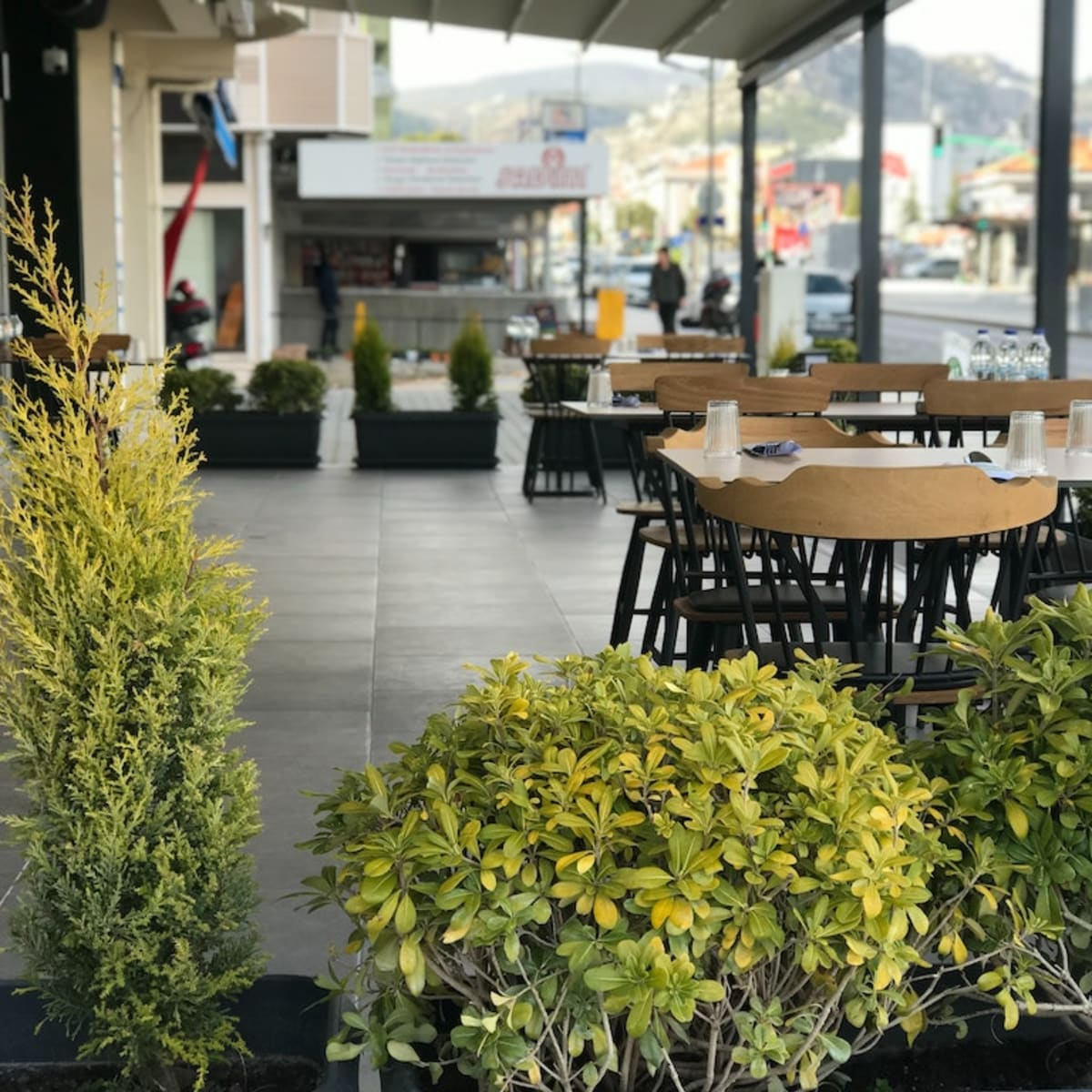 Gov Walz To Reopen Outdoor Seating, What Restaurants Are Doing Outdoor Seating