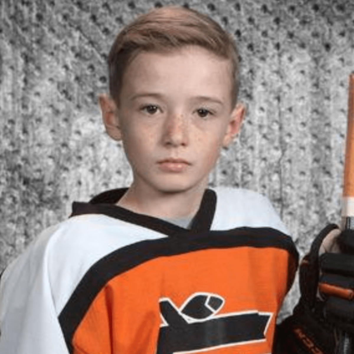 Minnesota Continues Massive Show Of Support After Death Of 9 Year Old Hockey Player Bring Me The News