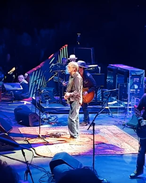 "Eric Clapton covers Prince's ""Purple Rain."""