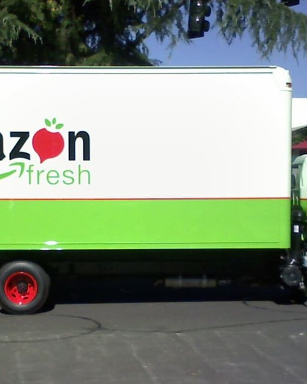 1024px-Amazon_Fresh_Truck