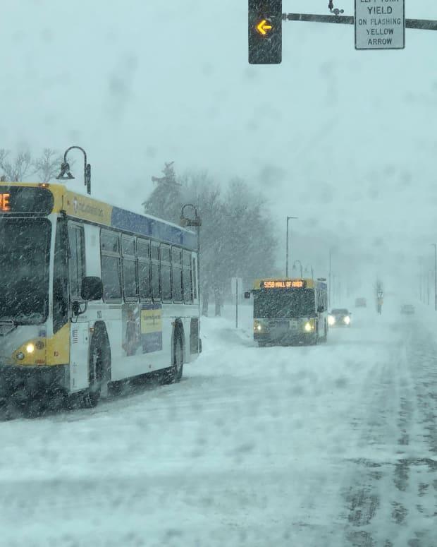 snow, buses, metro transit