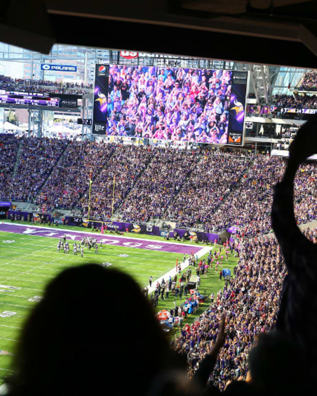 U.S. Bank Stadium, Vikings fans