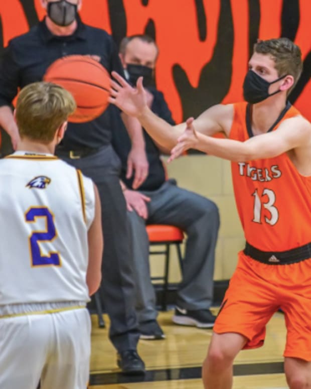 Blake Fredrick / Lake City Basketball