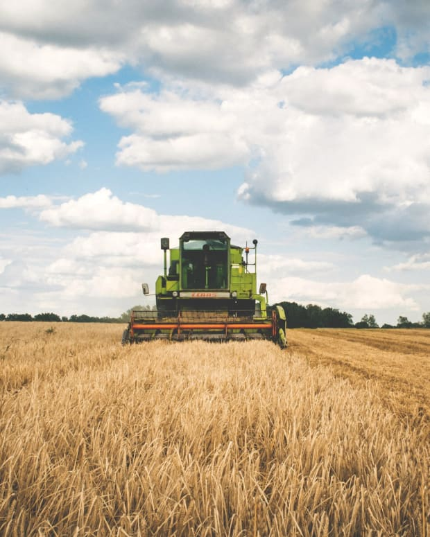 pixabay tractor farm