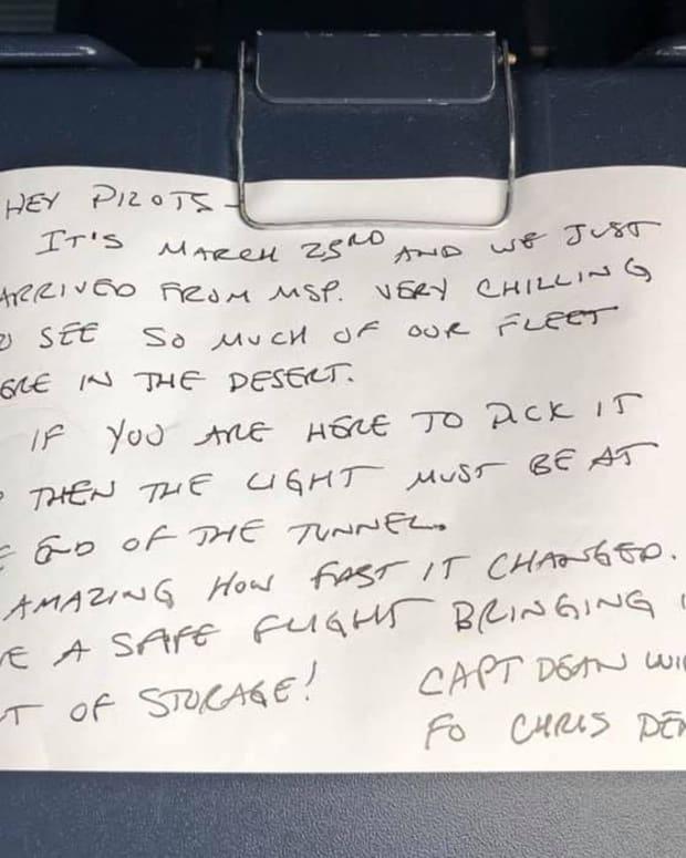 delta note plane
