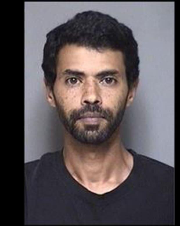 Ibraheem Farah Hamza _Khalifa CROP - booking photo, Olmsted County Adult Detencion Center June 16 2021