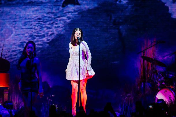 2018-01-05 Lana Del Rey GO-354